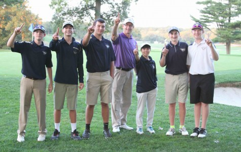 Golf Team Dominates at 12-0, Wins Conference Title