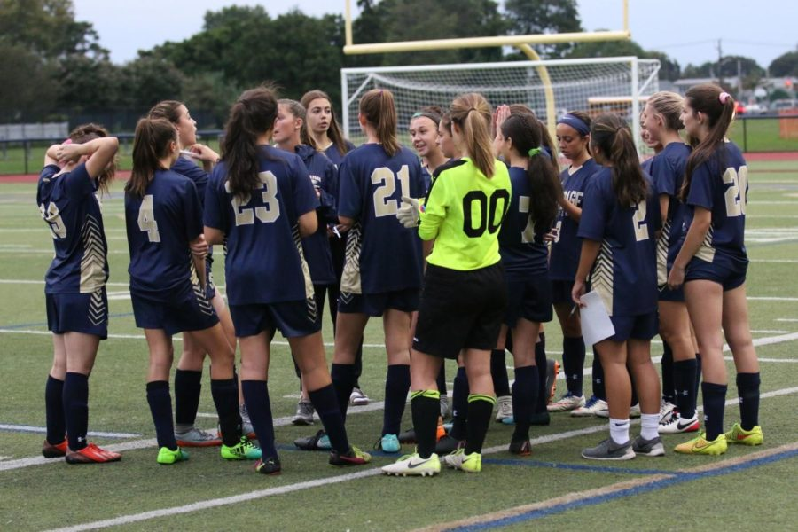 Bethpage+Girls+Varsity+Soccer%3A+Rising+to+the+Top