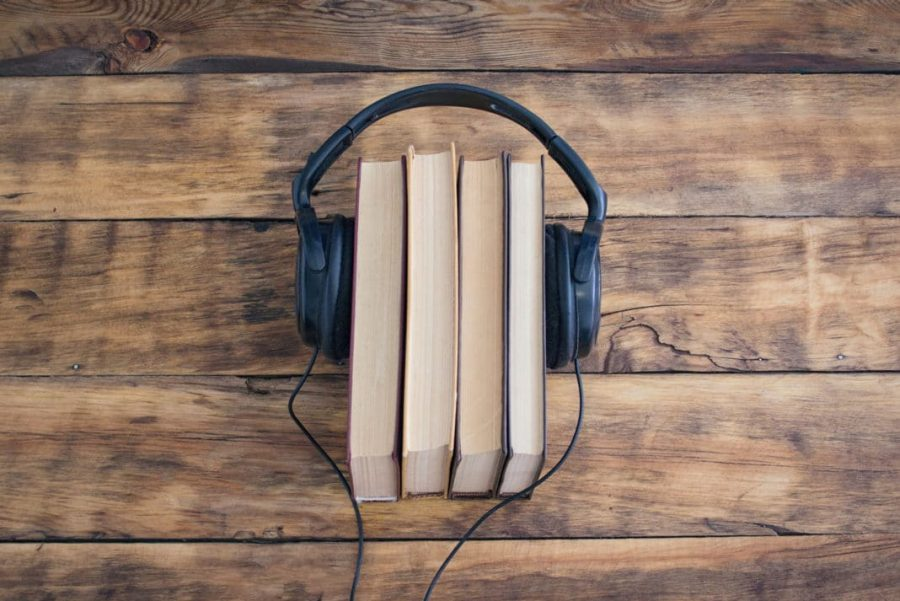 To+Read+or+Not+to+Read+%3B+Audiobooks